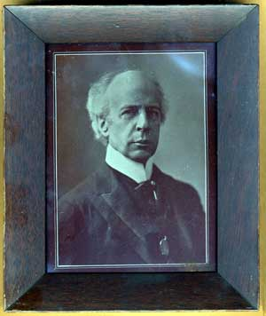 sir wilfrid laurier. Black Bedroom Furniture Sets. Home Design Ideas