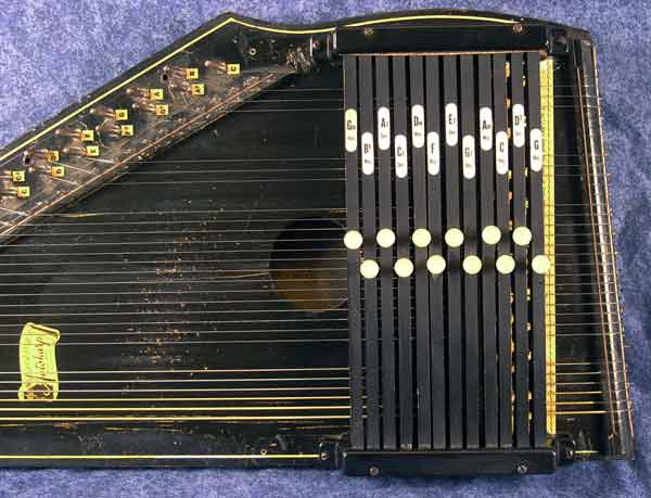 Antique Autoharp on oscar schmidt autoharp models